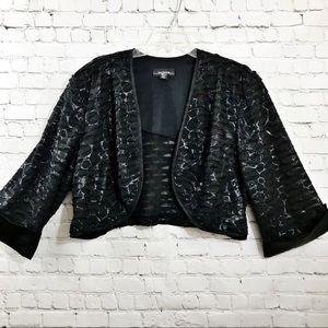 Women's Black R&M Richards cropped jacket size 24